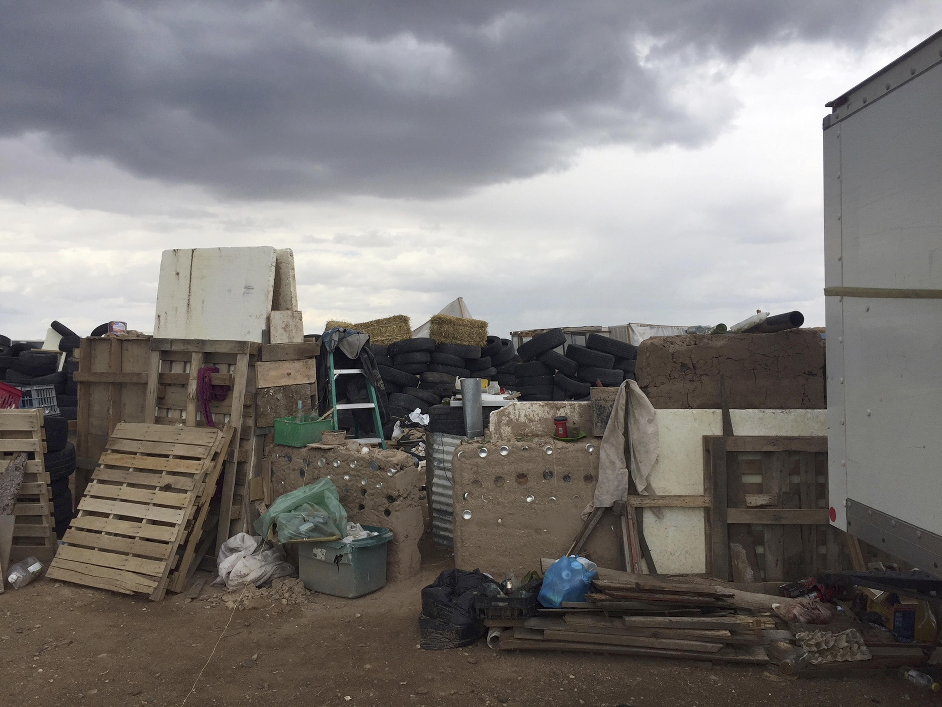 Man at filthy New Mexico compound was training kids to