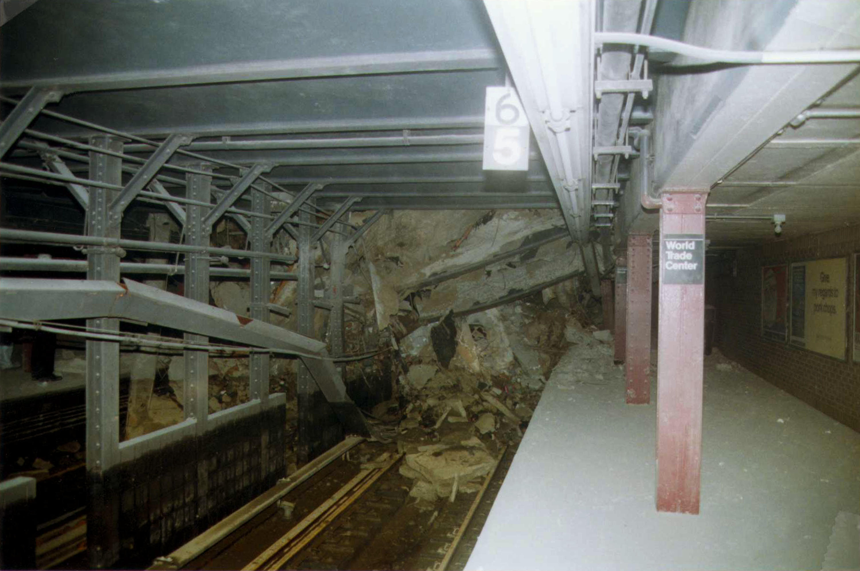 Post 911 Subway Map.Nyc Subway Station At Site Of 9 11 Attack Reopens After Nearly 2