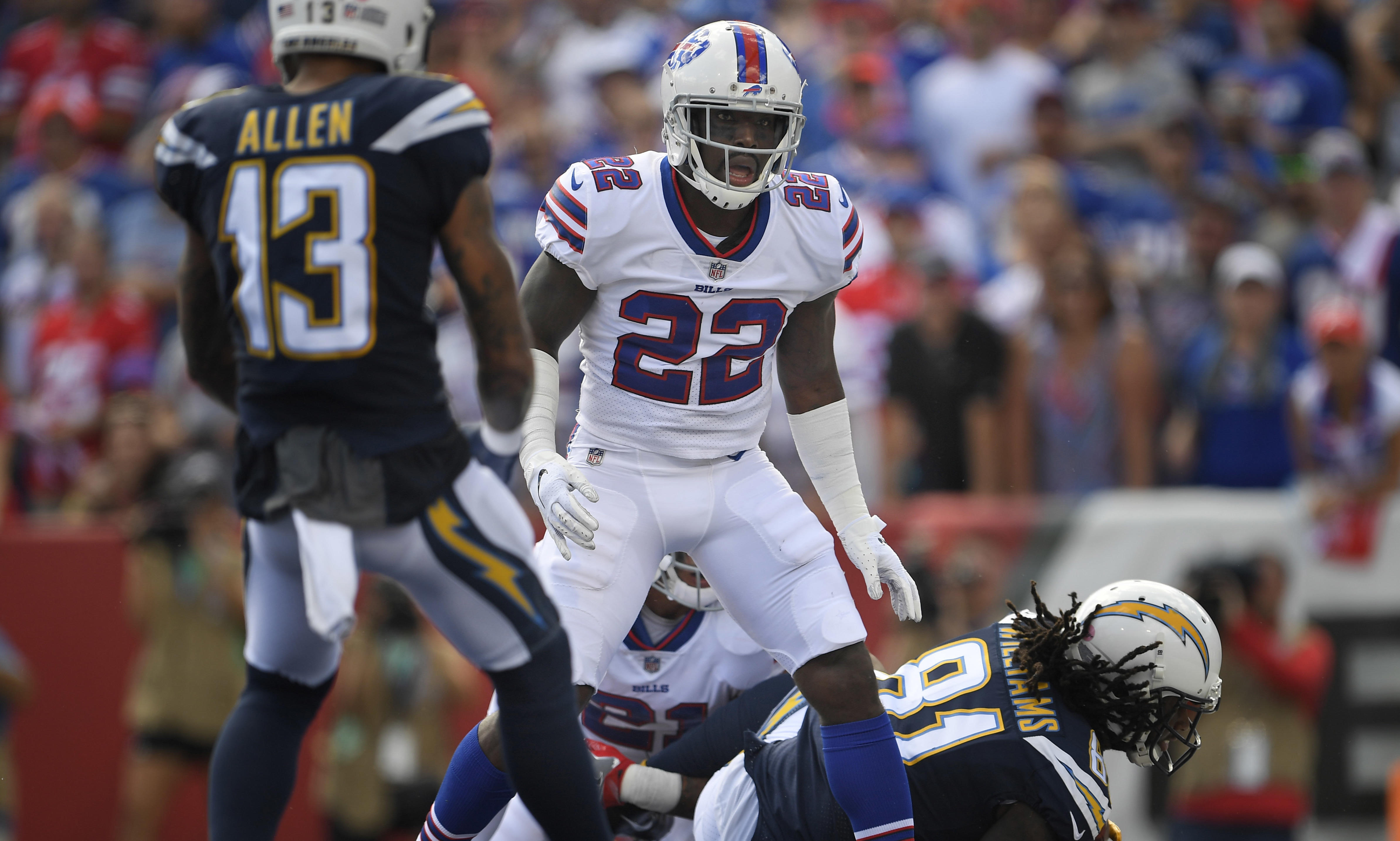 uk availability a1840 d5585 Vontae Davis, Buffalo Bills player, abruptly retires at halftime during Los  Angeles Chargers game