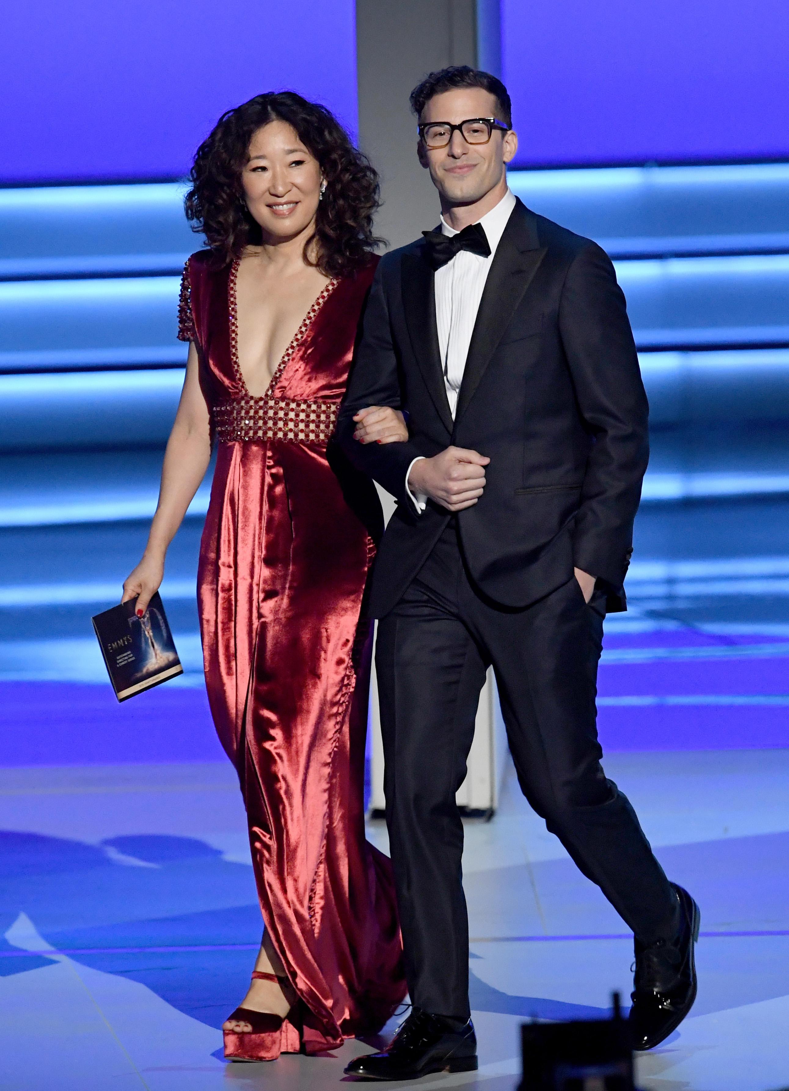 4e6313865a Sandra Oh and Andy Samberg to host 2019 Golden Globe Awards - CBS News