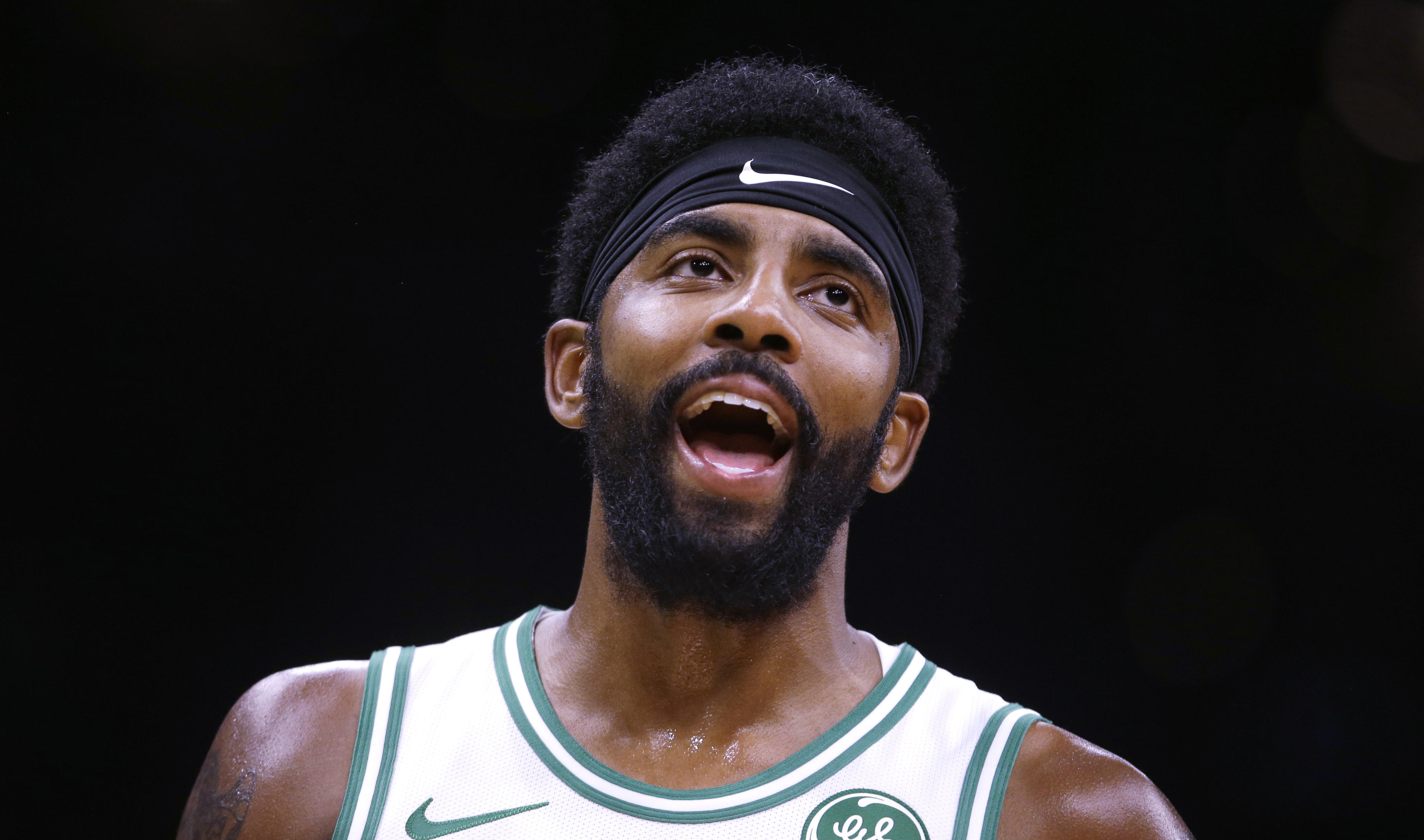 c529c5d67d44 NBA star Kyrie Irving apologizes for saying Earth is flat