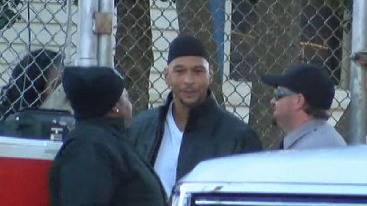 0e6b7e004be Ex-NFL player Rae Carruth released from prison 18 years after plot to kill  mother of his unborn child