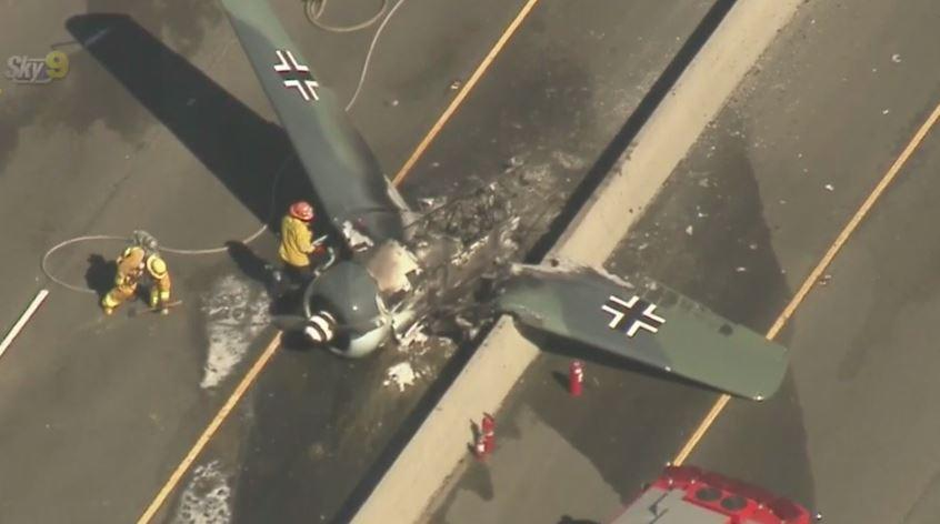 Plane crash on 101 Freeway: Both directions of 101 Freeway closed in on helicopter crash investigation, fire investigation, plane crashes on property, police crash investigation, plane home, air force crash investigation, truck accident investigation, bus accident investigation, plane patent, airbus crash investigation, air plane investigation, aircraft crash investigation,