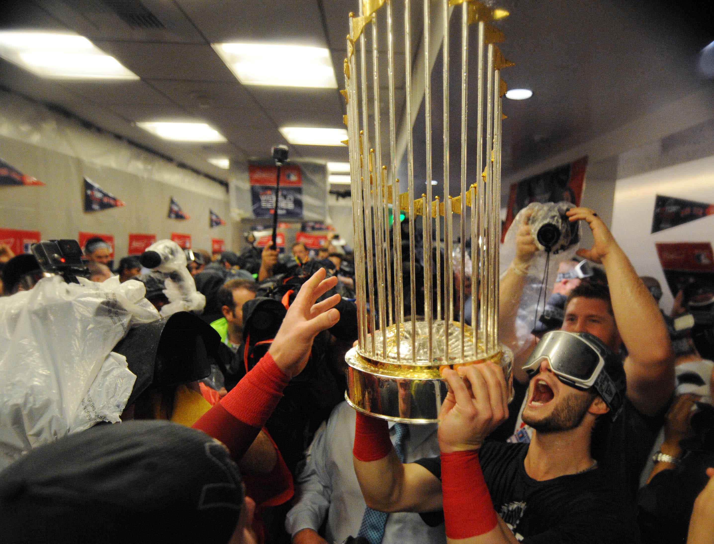 7285ce6c0f Red Sox troll Yankees with