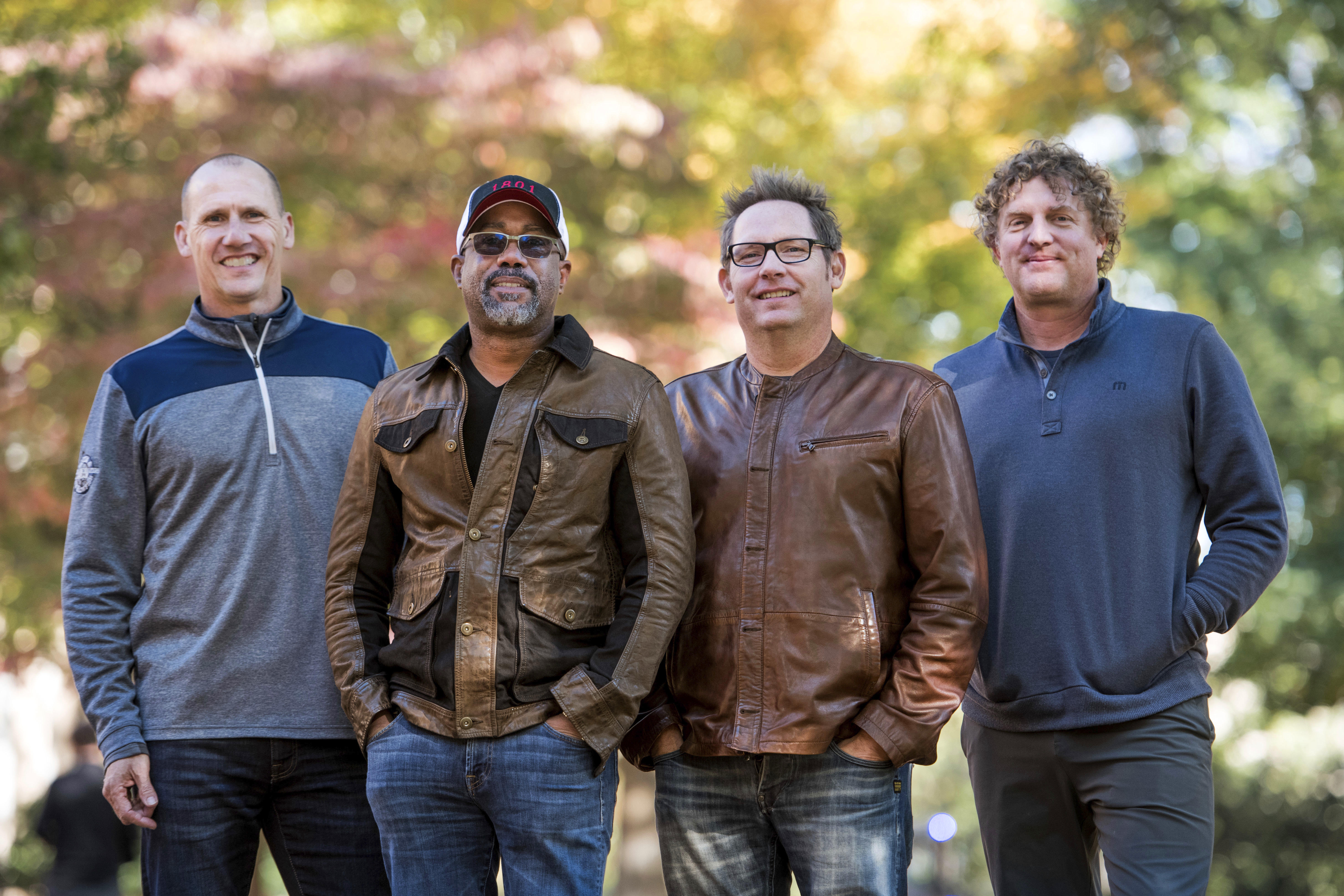 Hootie And The Blowfish Tour 2020.Hootie And The Blowfish Tour Group Is Back Together With