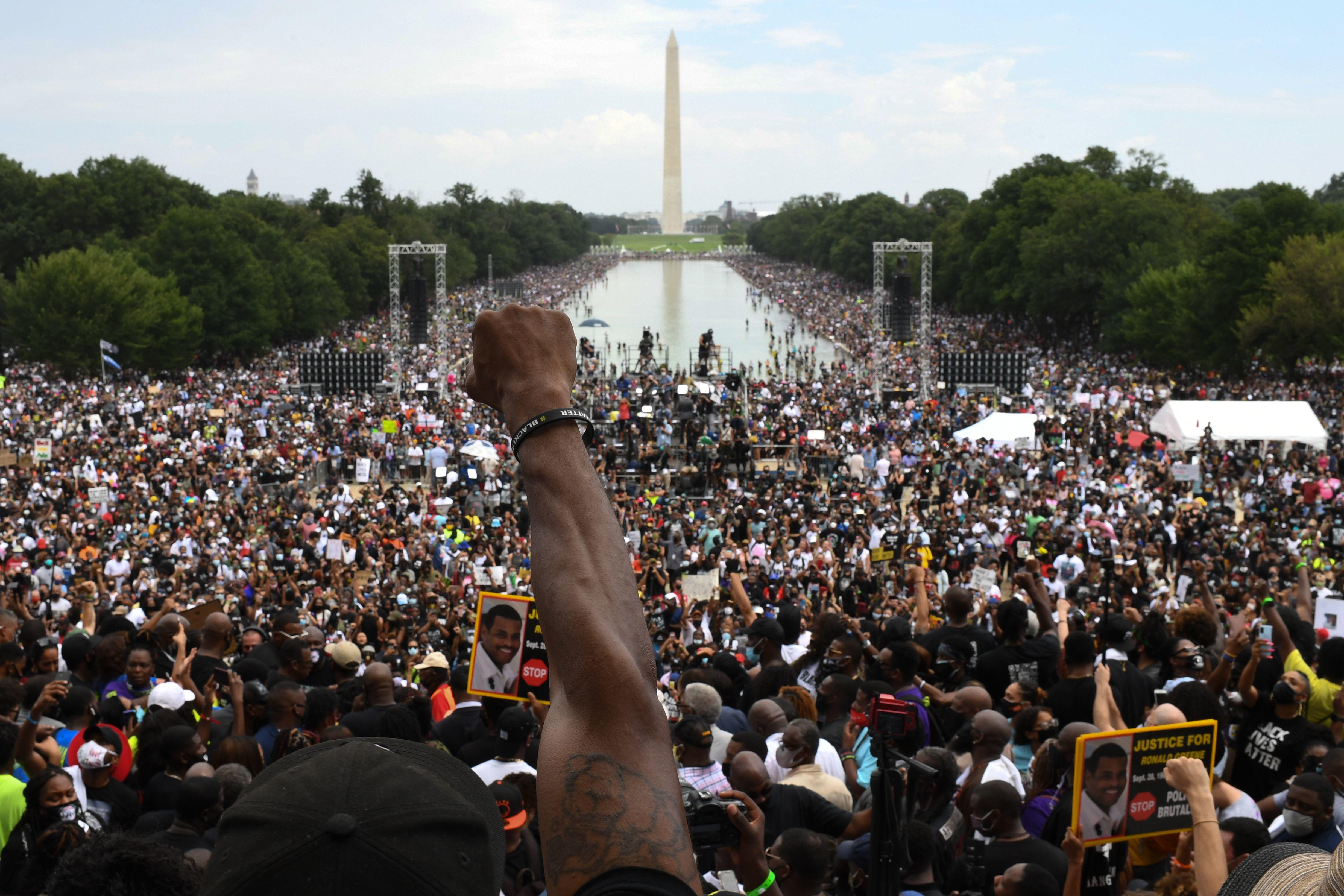 57 Years After Martin Luther King Jr S I Have A Dream Speech Thousands Converge In D C For Another March On Washington Cbs News