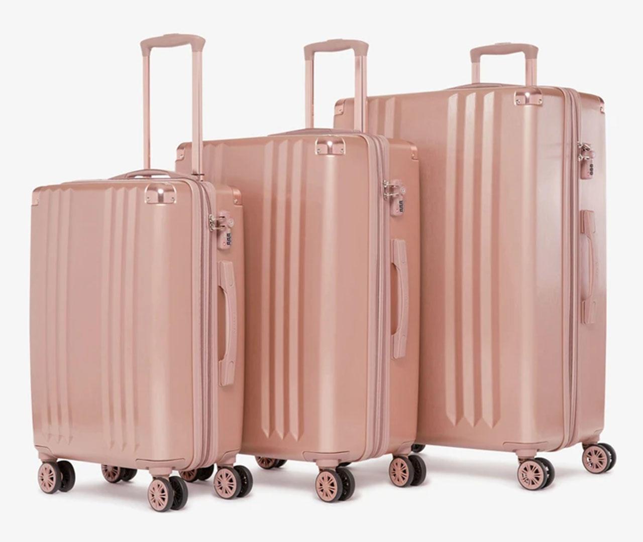 cbsnews-luggage-1.jpg