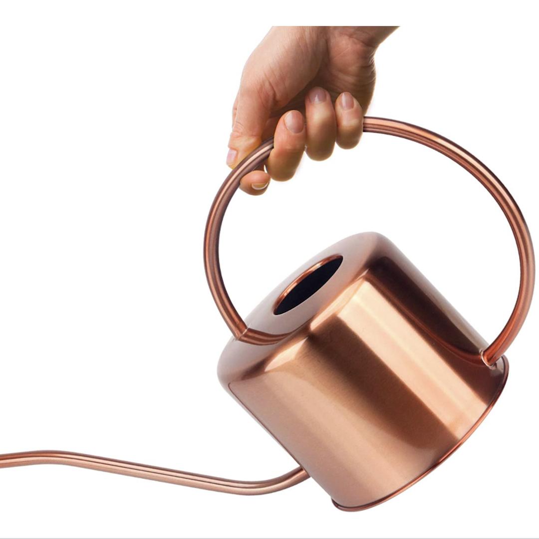 Kibaga copper-colored watering can