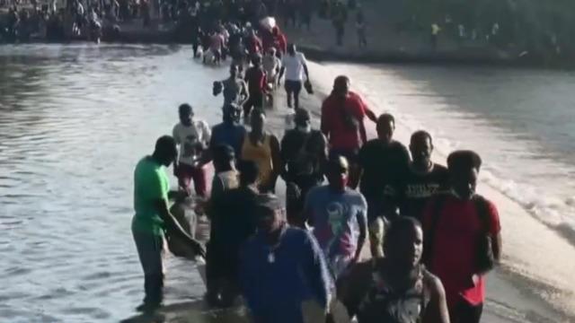 U.S. to probe incidents involving border agents dispersing Haitians