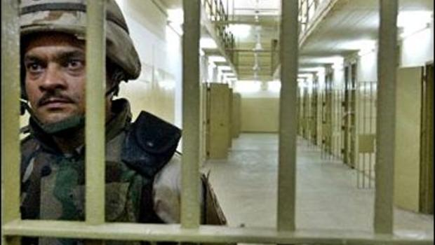 US soldier who abused prisoners at Abu Ghraib refuses to