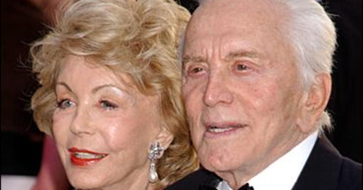 Kirk & Anne Douglas: A True Inspiration - CBS News