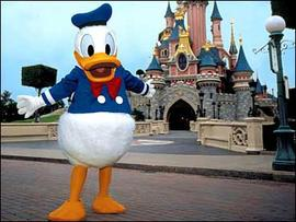 Donald Duck Fondling Suit Goes Forward