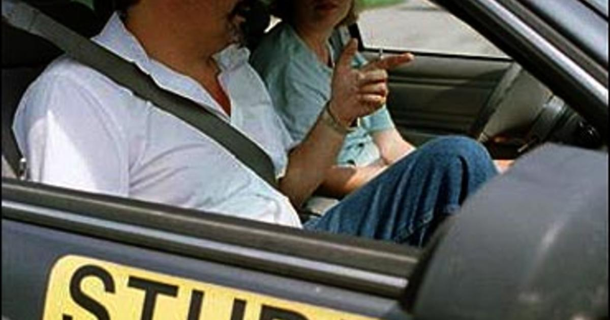 an argument in favor of raising the minimum age for a driving license Drinking driving essay should the minimum age for obtaining a driver's license be increased the driving age controversy: raising the driving age to 21.
