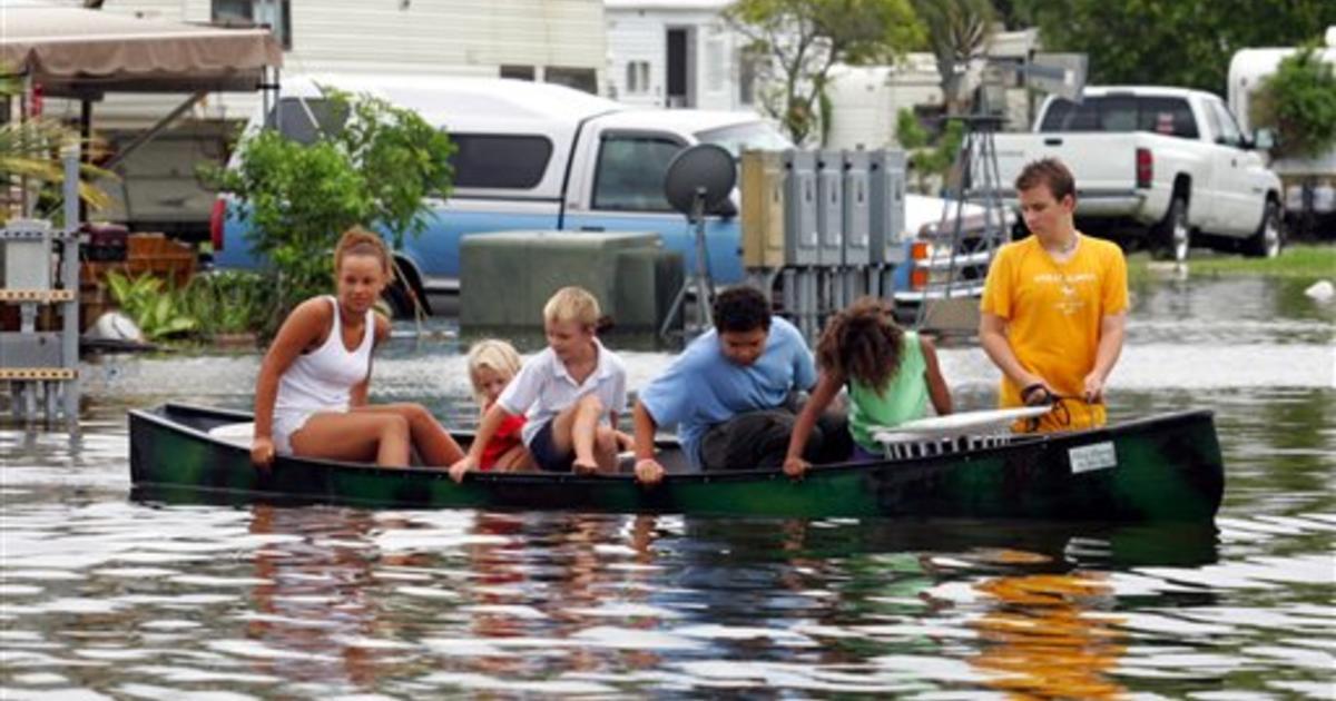 katrina in florida photo 17 pictures cbs news rh cbsnews com Snowbird Mobile Homes in Florida Snowbird Mobile Homes in Florida