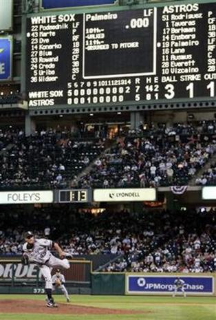 2005 World Series Game 3 Photo 1 Pictures Cbs News