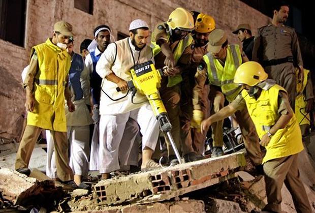 Mecca Hotel Collapse