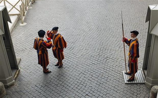 Swiss Guards At 500
