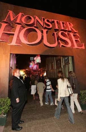 'Monster House' Premieres