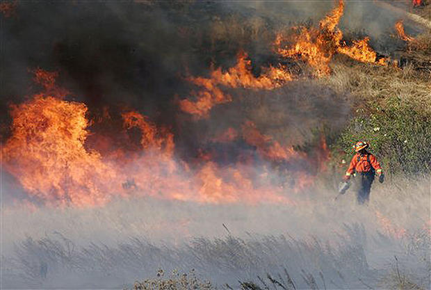 Winds Fuel SoCal Blaze