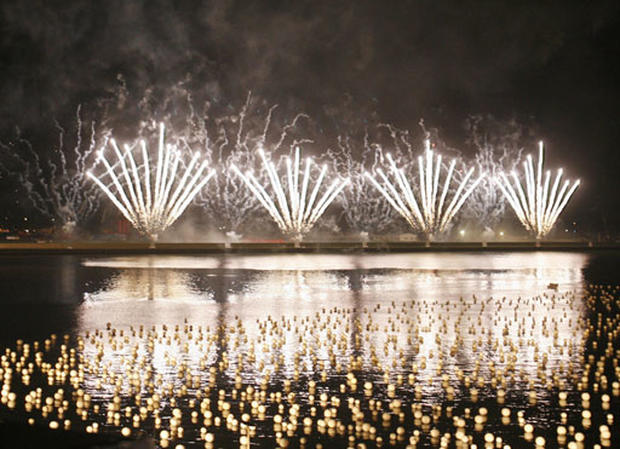singapore happy new year pictures cbs news