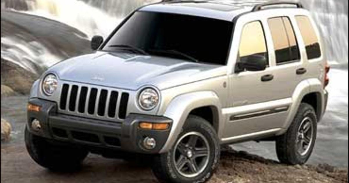 chrysler recalls nearly 500 000 suvs cbs news. Black Bedroom Furniture Sets. Home Design Ideas