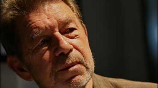 Author Pete Hamill during an interview at the Skylight Diner in New York, Wednesday June 5 , 2007.