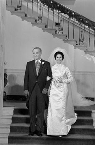 Lynda Bird Johnson And Capt Charles Robb Weddings Pictures Cbs News