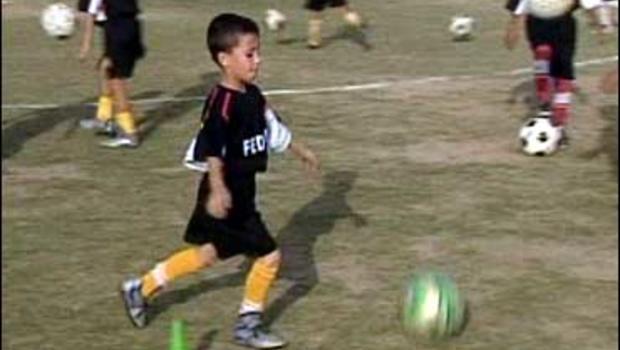 Iraqi boy plays soccer