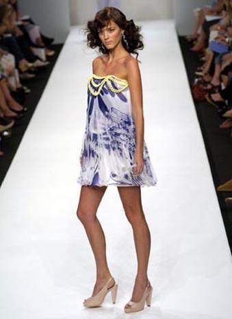 Ben De Lisi London Fashion Week Pictures Cbs News