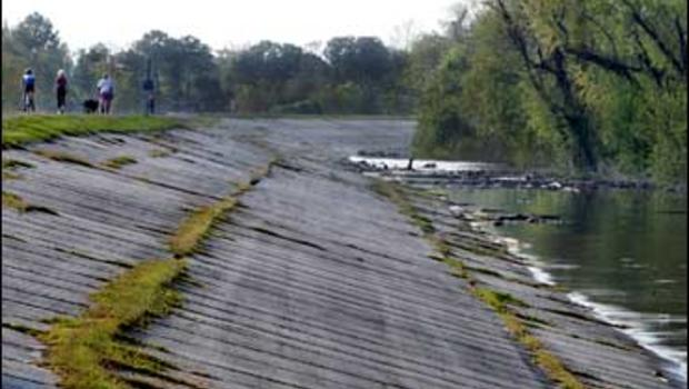 tennessee and arkansas floods turn deadly cbs news