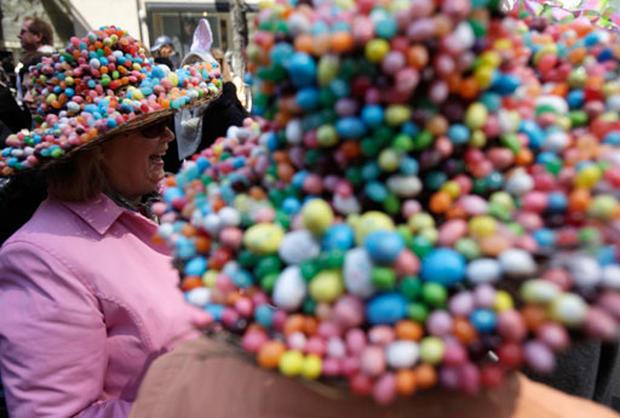 Parade Of Big Bonnets