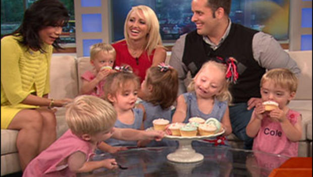 Reality shows sextuplets, nude girls in web cam