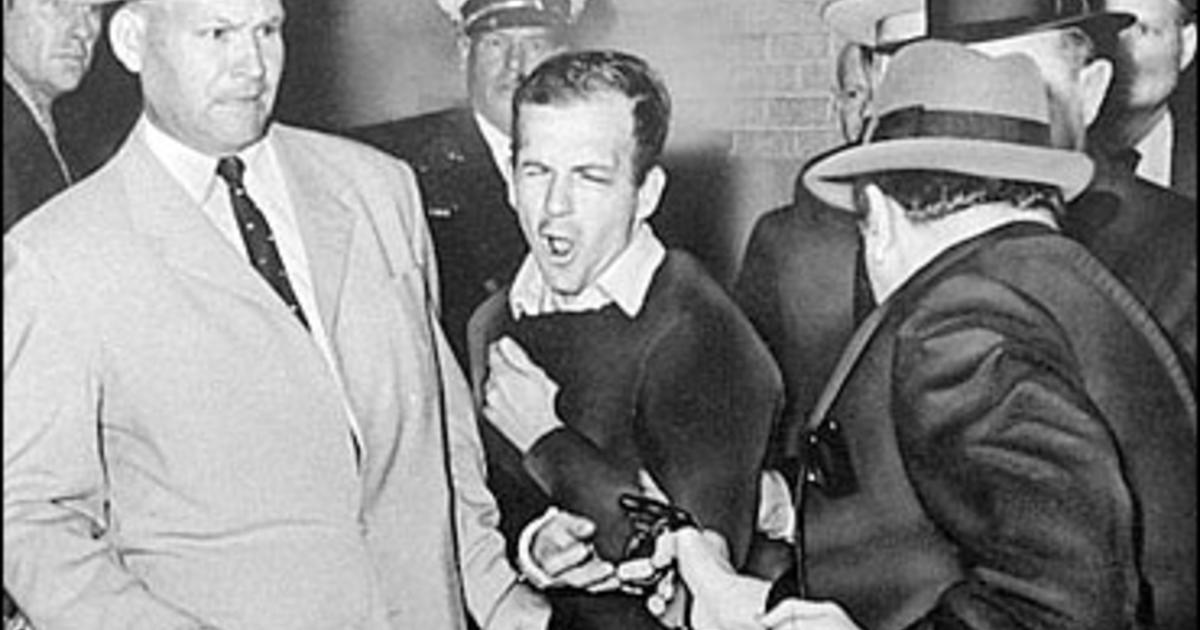 James Leavelle, detective famously handcuffed to Lee Harvey Oswald, dies at 99