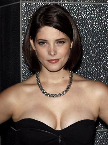 Ashley Greene Nude Pics Hit Web