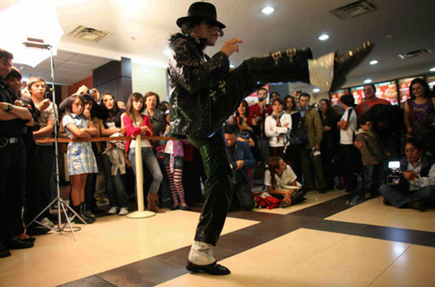 Fans Flock to Jackson Film