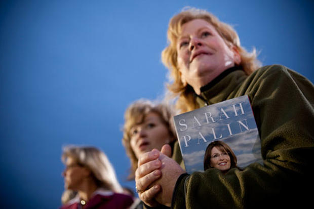 Palin Book Tour Draws Crowds