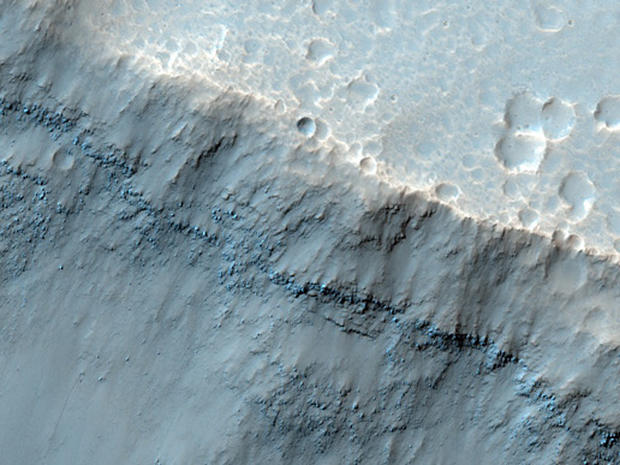 Latest shots from the Mars Reconnaissance Orbiter