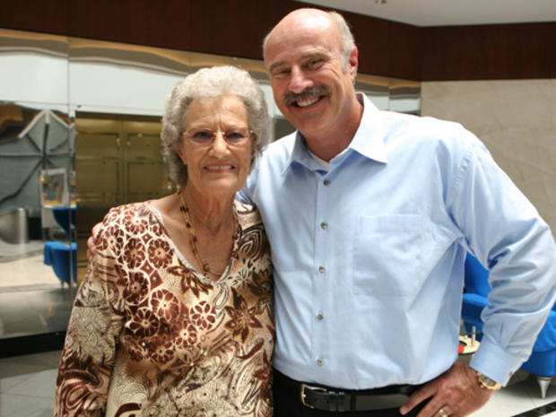 Dr._Phil_and_Mom.JPG