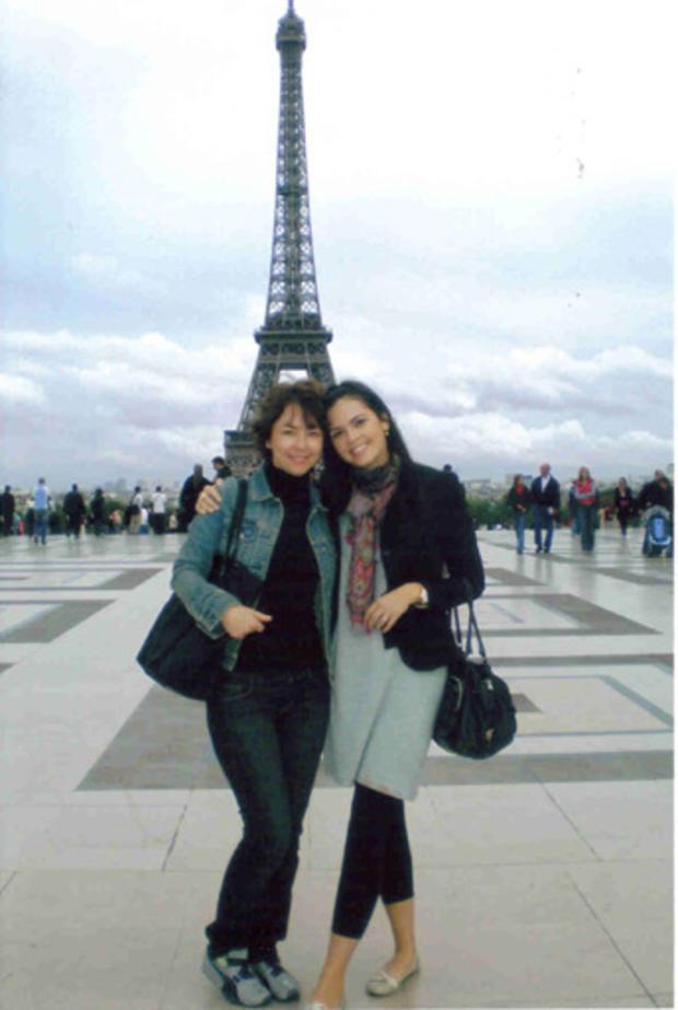 Katie_and_mom_Paris.jpg