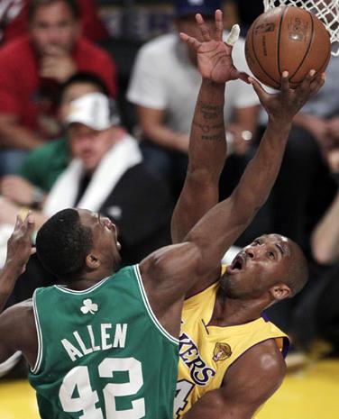 68624d5bf54 2010 NBA Finals - Photo 35 - Pictures - CBS News