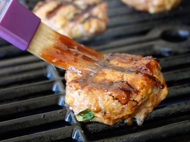 Healthy Recipe: Smoky BBQ Turkey Burger Sliders