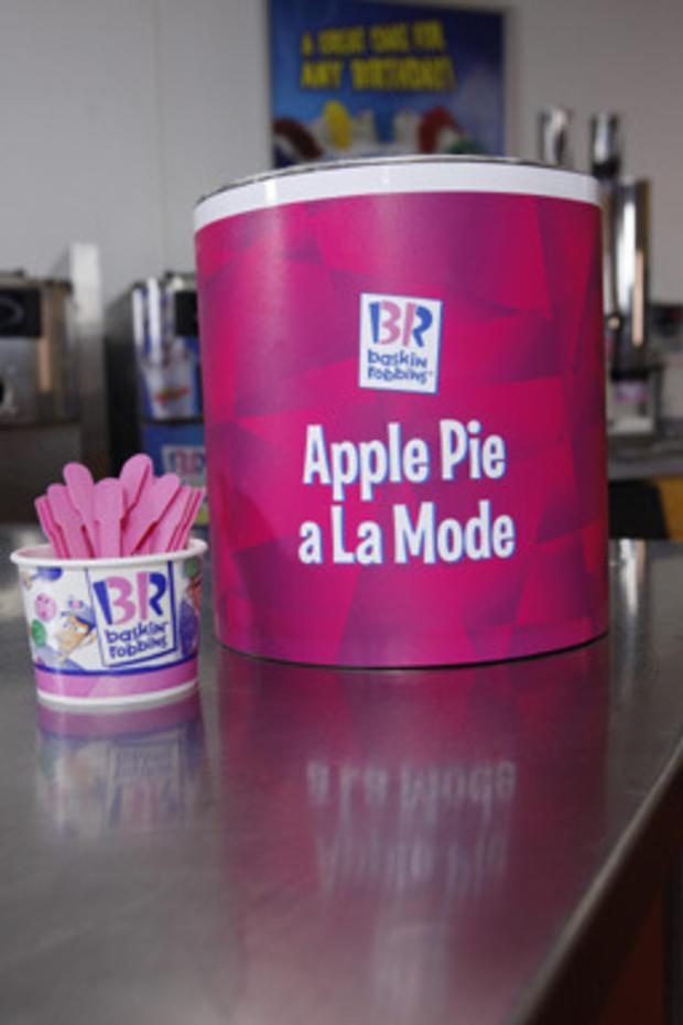 Apple_Pie_A_La_Mode_1.jpg