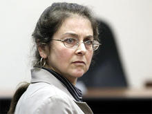 U.S. activist Lori Berenson attends a hearing in Lima, Peru, Aug. 16, 2010. A court has revoked her parole and ordered her back behind bars.
