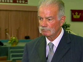 Pastor Terry Jones receiving death threats after Quran burning