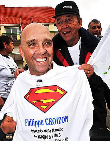 Philippe Croizon: Quadruple Amputee Swims English Channel