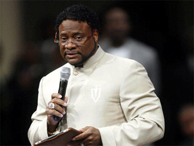 Bishop Eddie Long Scandal: Dozens Attend Rally Calling for Pastor to Step Down