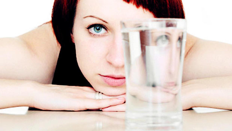 Вода для похудения: когда, сколько и какую воду пить