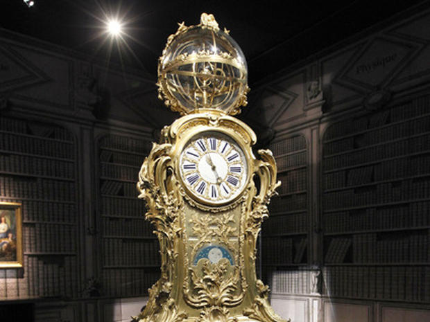 "Versailles Opens Up its Scientific ""Curiosities"""