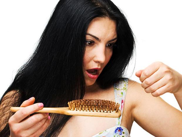 woman-brush--iStock_0000126.jpg