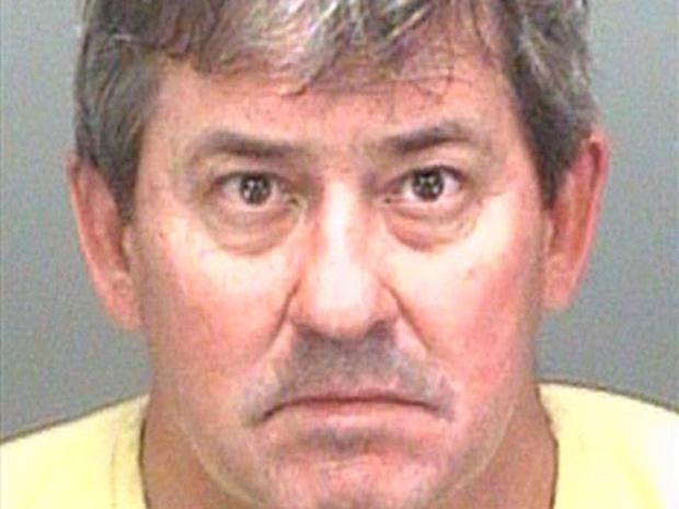 Fla. Man Grops, Assaults Five High School Children at Haunted House